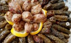 YAPRAK SARMASI (Adana usülü soslu)