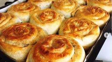 Sodalı Ispanaklı Gül Böreği