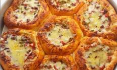 Peynir Kenarlı Neşeli Ekmekçikler